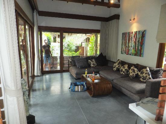 Zara Beach Resort: Wohnzimmer Villa 5