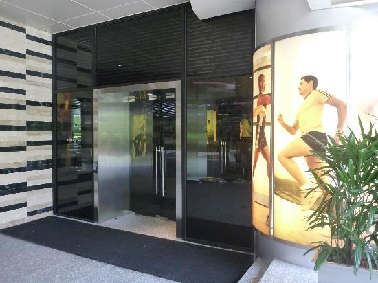 Pan Pacific Singapore: Gym Exterior Entrance
