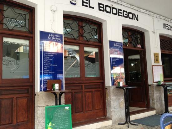 San Vicente de la Barquera, Spain: El Bodegon
