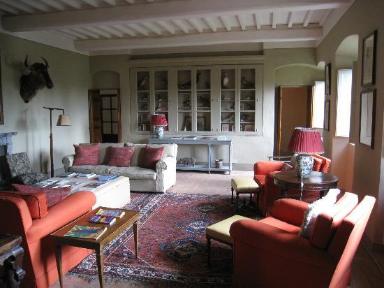 """Castello di Fonterutoli: """"Man room"""""""