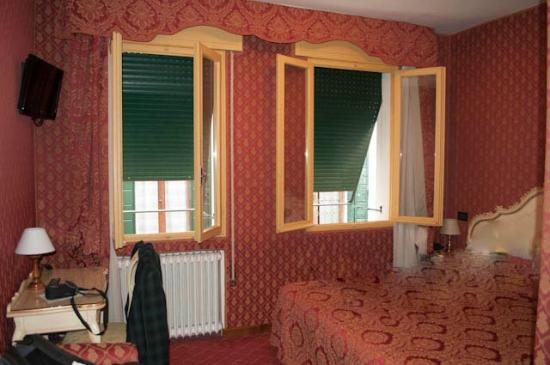 Hotel Mignon: hotel kamer