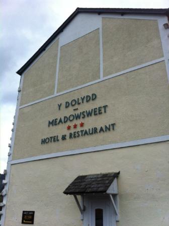 The Meadowsweet Hotel: Side of Hotel