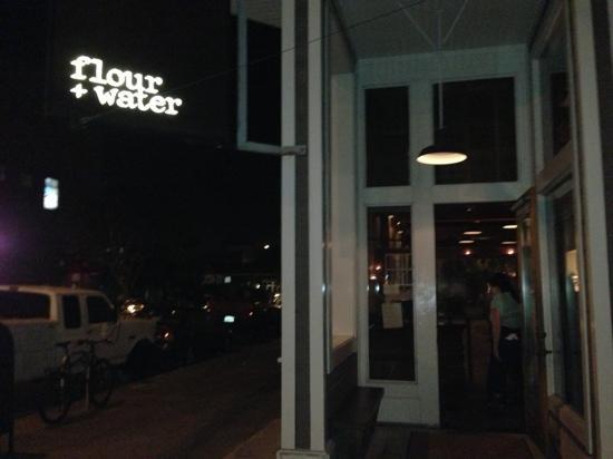 Restaurant Front Door Foto Van Flour Water San Francisco Tripadvisor