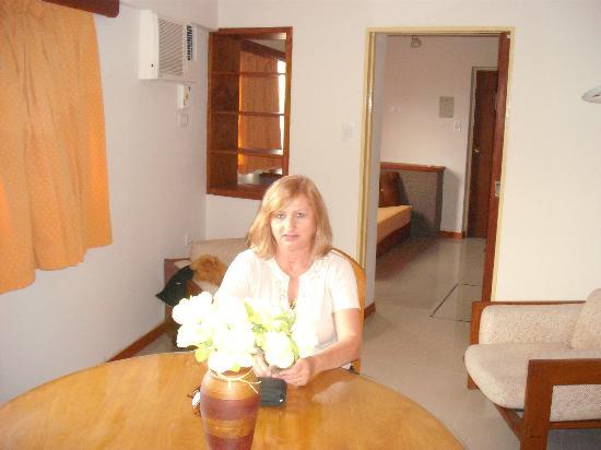 Gran Hotel San Luis: Mesa y sillas en la suite