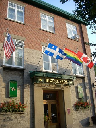 Hippocampe Hotel: exterior of hotel