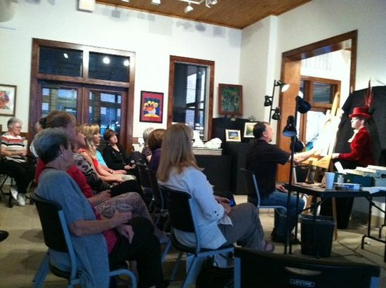 Conroe Art Gallery:                   classes and demos