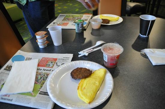 Fairfield Inn & Suites Paducah: Breakfast at Fairfield Inn