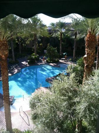 Silver Sevens Hotel & Casino: View of the pool from my room