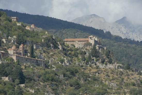 Hotel Pyrgos Mystra : The Area of Mt. Teygetos