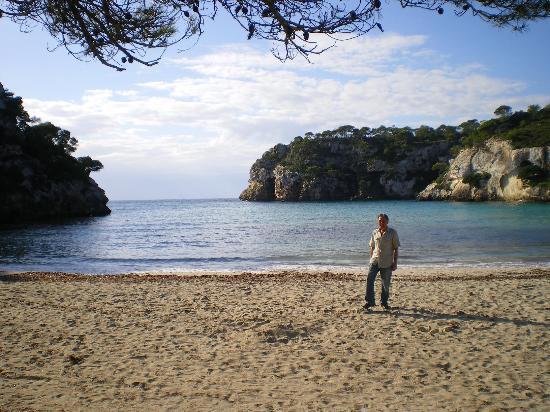 Aparthotel Floramar: Macarella beach