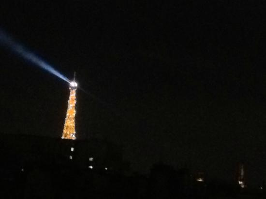 Citadines Saint-Germain-des-Pres Paris: Tour Eiffel at night from my bedroom