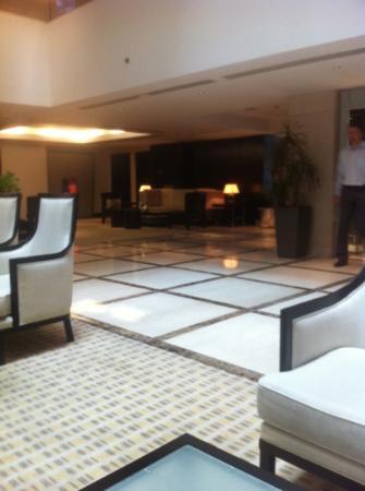 InterContinental Al Khobar : cafe n the lobby