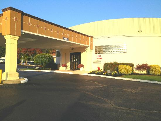 BEST WESTERN Bordentown Inn: Entrance