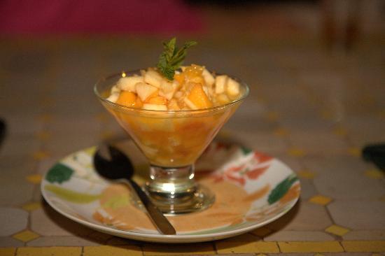 Chez Larbi Ourika: Très bonne salade de fruits!