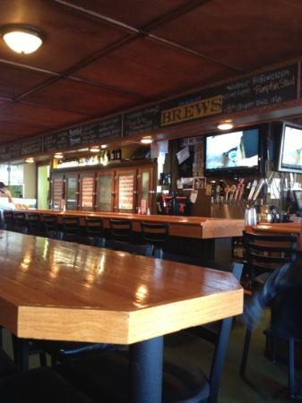 8th Street Ale House: lots of room for large groups