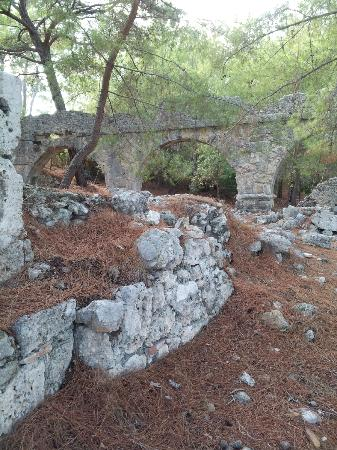 Phaselis Antique City: history from 121 AD