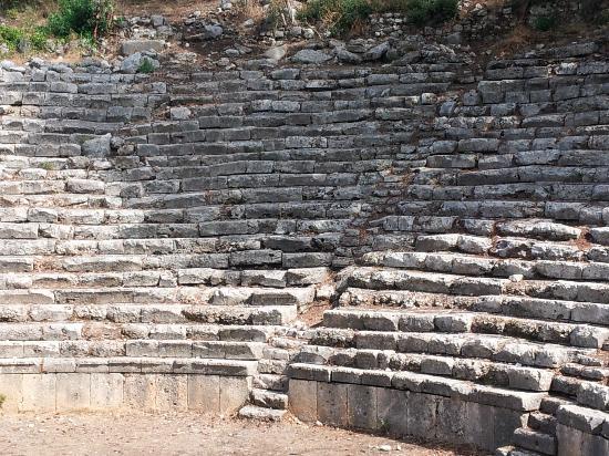Phaselis Antique City: ampitheatre 