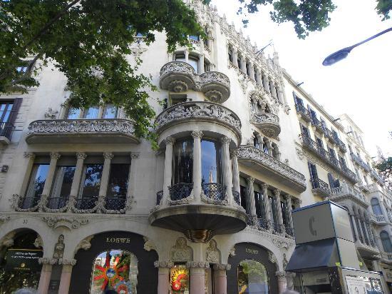 Casa amatller picture of passeig de gracia barcelona - Casa gracia restaurante barcelona ...