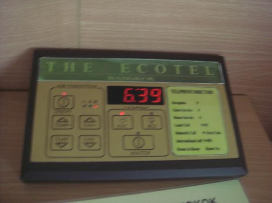 The Ecotel Bangkok: aircon and light control