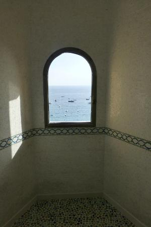 Hotel Buca di Bacco: Shower view