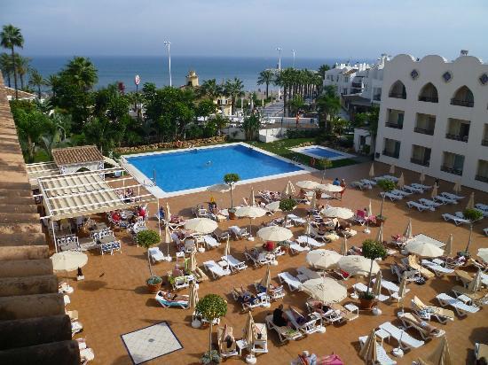 Zwembad picture of hotel mac puerto marina benalmadena - Mac puerto marina benalmadena benalmadena ...