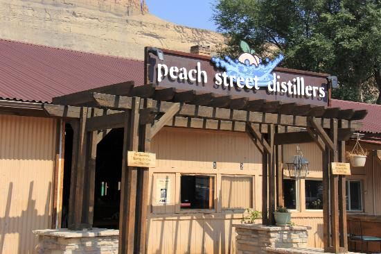 outside peach street distillers