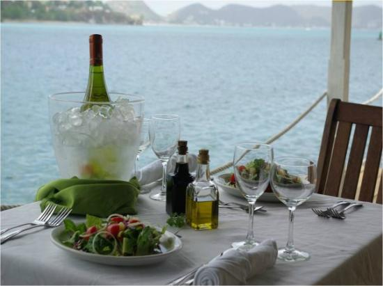 Ocean Grill Restaurant: Dining by the sea