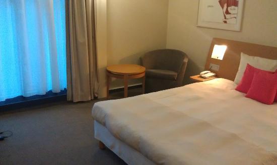 โนโวเทล เจนีวาเซ็นเตอร์: room 301