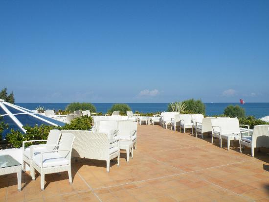 Creta Maris Beach Resort: Romantic bar