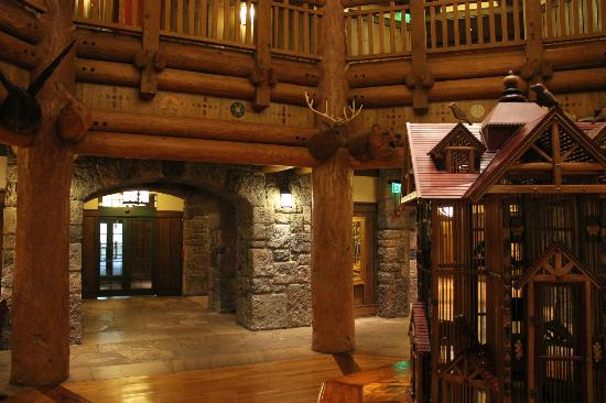Villas at Disney's Wilderness Lodge: Lobby at Wilderness Lodge Villas