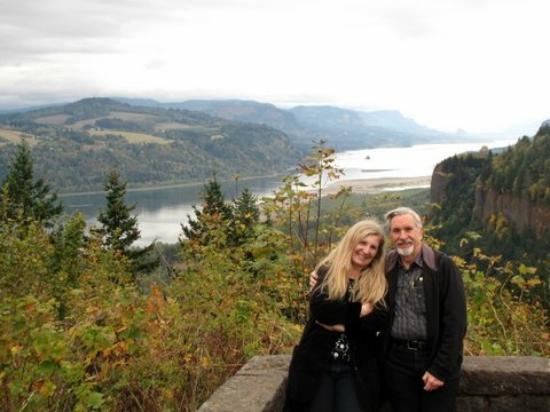 Sea to Summit Tours & Adventures: Great view of the Columbia River