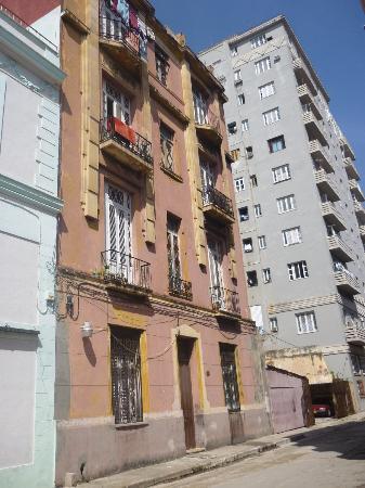 Casa Hilda y Alejandro: Vista desde afuera