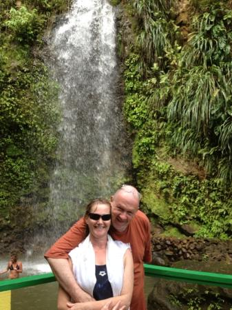 Sandals Grande St. Lucian Spa & Beach Resort: by the waterfall that we swam in. simon says was a great day out!