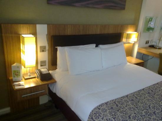 Holiday Inn Stevenage: HI Stevenage - Double Bed