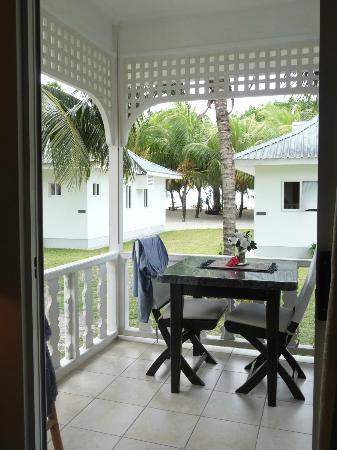 Cap Jean Marie Beach Villas: veranda