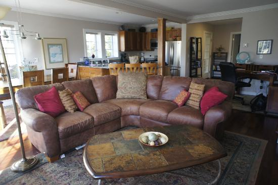 Topnotch Resort: Living room
