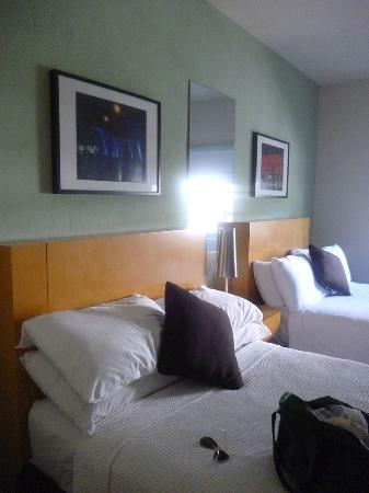 The Kent Hotel: habitación