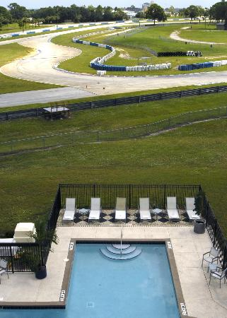 Chateau Elan Hotel & Conference Center: Race Track View