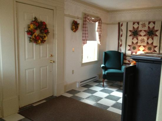 The Polly Harper Inn : Entry