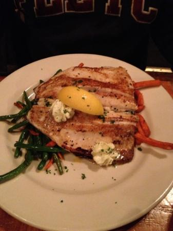 Rock Inn Mountain Tavern: Pan Seared Trout