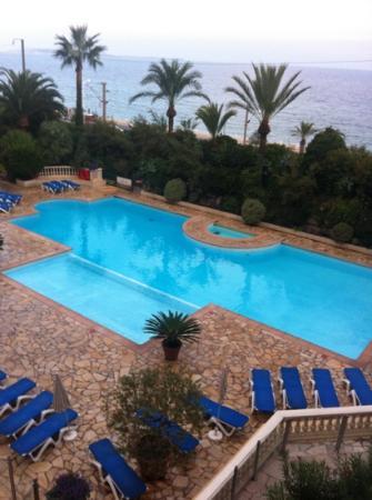 Pierre & Vacances Résidence Cannes Verrerie : belle piscine par contre