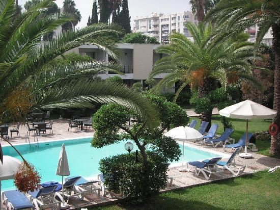 فندق فوليوبيلس: Vue piscine du balcon de la chambre