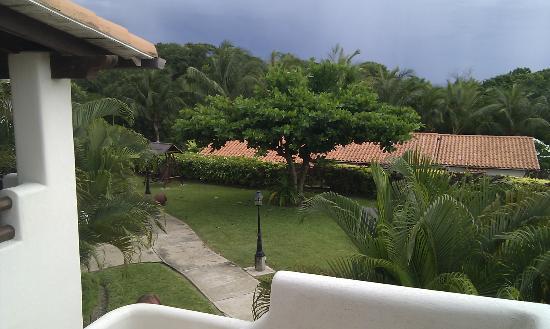 Sugar Cane Club Hotel & Spa: grounds
