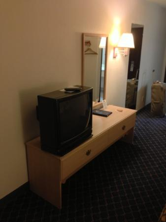 Days Inn Benson: tv (213)
