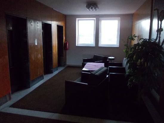 INTERHOTEL BOHEMIA: the floor and the elevators