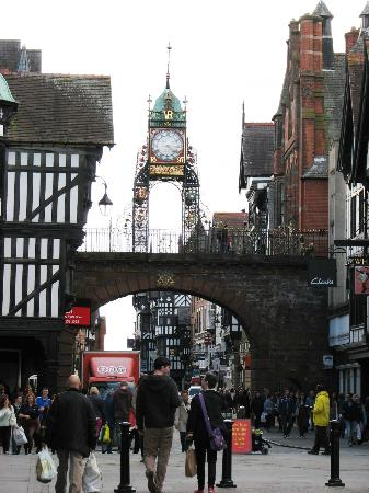 Mercure Chester Abbots Well Hotel: Eastclock and vicinity in Chester, England