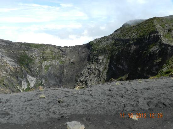 Irazu Volcano National Park: vista del crater