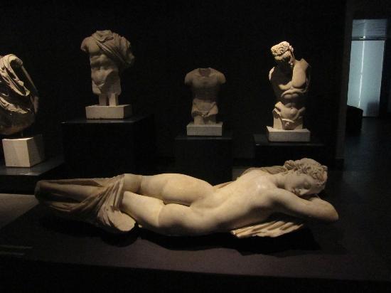 L 39 ermafrodito picture of museo nazionale romano for Piscina g s roma 53 roma