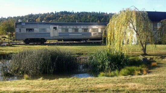 Red Caboose Getaway: Silver Eagle dining car where you will have the most amazing breakfast!