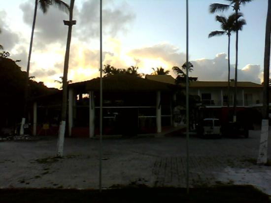 Resort Pau Brasil Praia: entrada do hotel